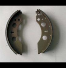 AL-KO fékpofa szett (200x35x4mm- 4 db, rugókkal és kiegészítőkkel)